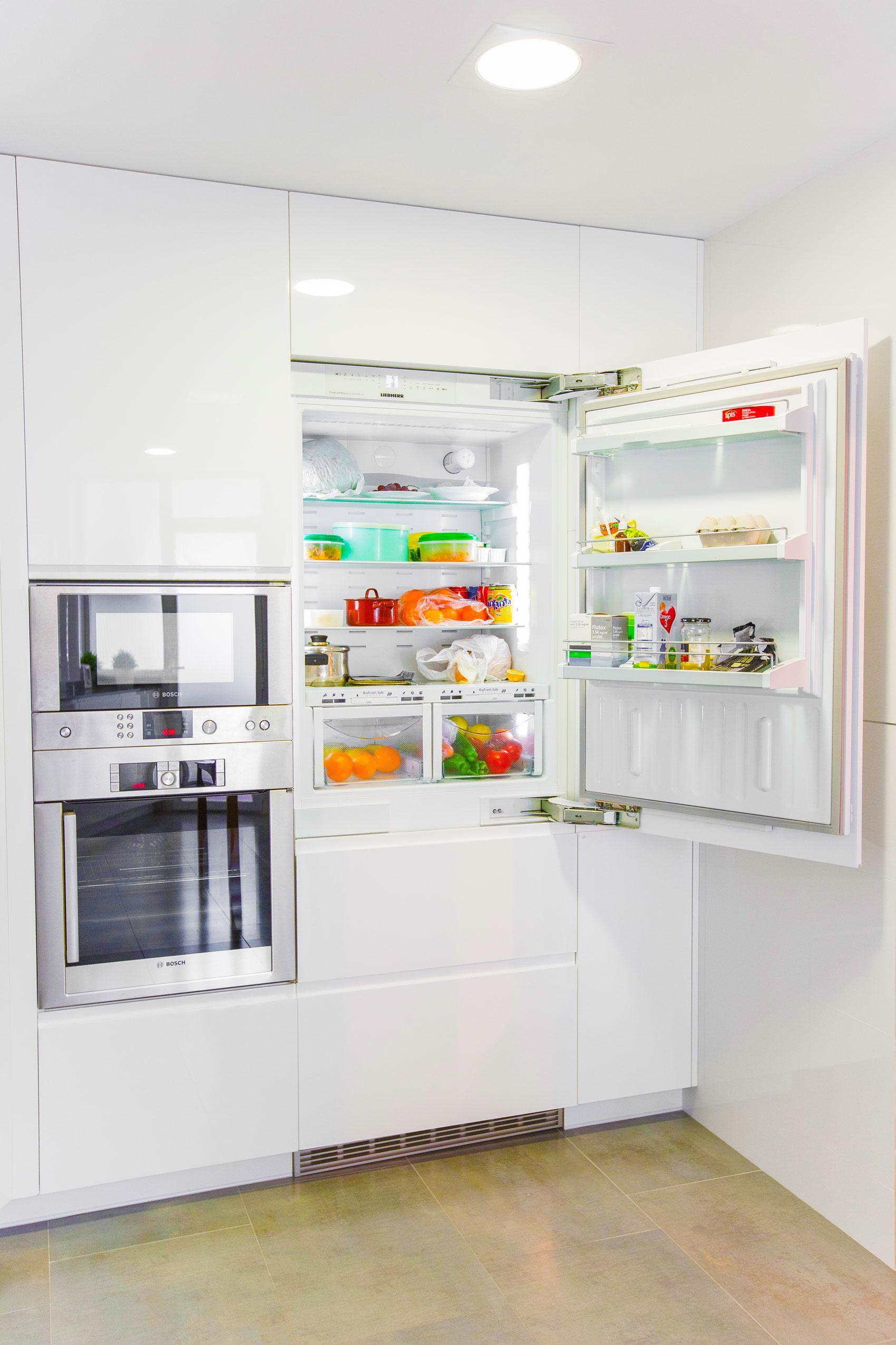 Cocina con electrodomesticos ideas de disenos for Electrodomesticos cocinas
